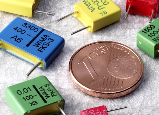 Capacitor smaller than a 1 euro cent